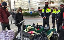 El Sindicat d'Habitatge de Reus no aconsegueix aturar un desnonament a Salou