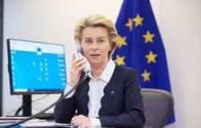 Brussel·les reclama a AstraZeneca que compleixi amb l'entrega de la vacuna acordada