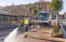 L'Ajuntament de Constantí reforça el servei de neteja de carrers amb una màquina hidronetejadora