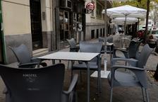 Ayuso a la seva: estudia retardar dues hores el tancament d'establiments a Madrid