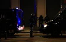Detienen a ocho personas en la sexta noche de protestas en Barcelona que acaba con actos vandálicos y robos