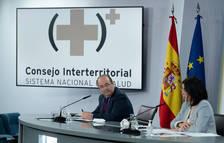 Miquel Iceta rep la primera dosi de la vacuna d'Astrazeneca i es converteix en el primer ministre a vacunar-se