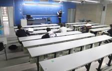 Una de les aules de la facultat d'Economia i Empresa de la URV, amb alumnes de primer.