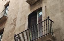 Crema un sofà en un pis de la Part Alta de Tarragona passada la mitjanit