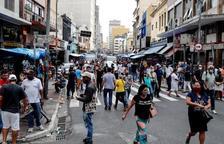 El Brasil encén les alarmes: les variants més perilloses del coronavirus avancen pel país