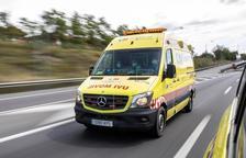 Moren tres persones per covid després de compartir ambulància