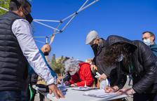 Reúnen 2.000 firmas en el barrio de Bonavista de Tarragona para reclamar que los ayuntamientos ayuden a los mercadillos