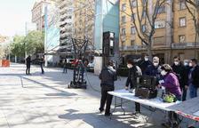 ECIR Films roda un curt a la plaça de la Llibertat de Reus