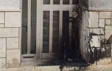 Assalta per robar a l'habitatge de la seva exfamília i intentar calar foc a la casa de l'excunyat