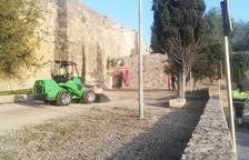 Arrangen el clot a la sortida del Passeig Arqueològic de Tarragona