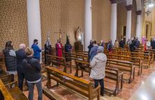 Tarragona: El Descendiment, els Maginets i la Salle porten el viacrucis a Sant Pau
