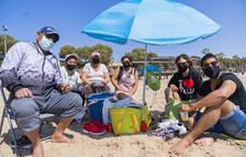 Els tarragonins celebren la mona a l'aire lliure però amb grups més reduïts