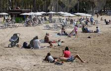 La ministra de Turisme diu que els espanyols «ja poden anar planificant les vacances d'enguany»