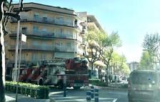 Evacuan a los vecinos de un edificio de Salou por un incendio en una cocina