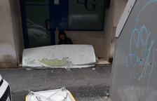 Denuncian que un sin techo hace sus necesidades en pleno calle Alguer de Tarragona