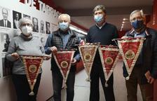 La Confraria de Sant Magí cedeix banderins històrics al Museu del Nàstic