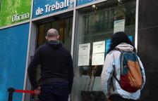 La meitat d'aturats a Catalunya fa més de 12 mesos que busquen feina i no en troben