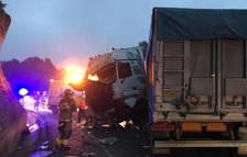 Una conductora herida menos grave después de sufrir un accidente en la N-240 en Figuerola del Camp