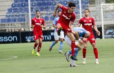 El Nàstic haurà de filar prim amb els 15 futbolistes no sub-23 que podrà tenir
