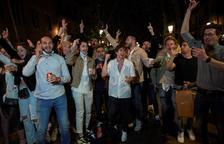 Els 'botellons' es tornen «rutinaris» a Barcelona: Al voltant de 4.000 persones desallotjades