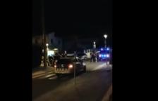 Una baralla multitudinària deixa tres ferits a Segur de Calafell