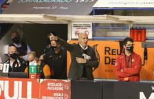 Jordi Garcia, en el banquillo del Palau d'Esports.