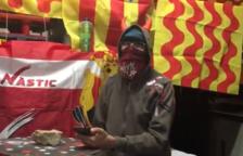 El caso del adoquín robado en Reus hace estallar la eterna guerra entre Tarragona y Reus en Twitter