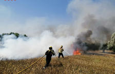 Estabilizado un tercer incendio en las Terres de l'Ebre, en Garcia