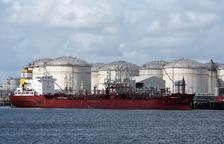 Quarentena d'un petrolier al Port de Tarragona pel positiu de diversos tripulants