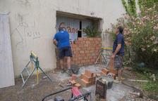 Vuelven a tapiar el antiguo hospital de la Virgen de la Salud de Tarragona para evitar ocupaciones
