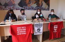 Imatge dels representants dels treballadors del 061 durant la roda de premsa que han fet a la seu d'UGT a Tarragona.