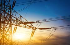 En agosto no mejora y el precio de la luz este lunes triplica el del mismo día del año pasado