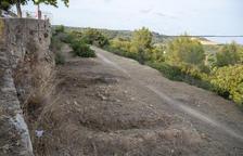 Els veïns del turó de l'Oliva de Tarragona fan un pas més per evitar acollir el pàrquing d'autocaravanes