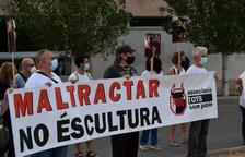 La Asociación Tots Som Poble denuncia que el cambio de nombre de una plaza de Amposta «enaltece» la fiesta de los bueyes