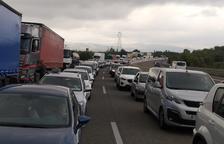 Espectacular accidente al AP-7 del Vendrell con hasta 10 vehículos implicados