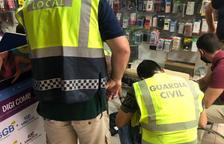 La Guardia Civil y la Policía Local de Torredembarra intervienen material falsificado valorado en 6.500 euros
