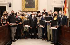 Todos los representantes de las entidades galardonadas.