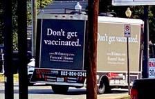 La brutal campanya d'una funerària contra la covid: «Vacuna't ja; si no, ens veurem aviat»