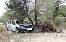 La investigación confirma que el cadáver calcinado en el coche del Vendrell es el titular del vehículo