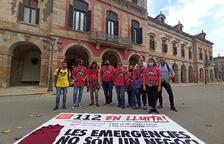Imagen de los trabajadores ante el Parlament.