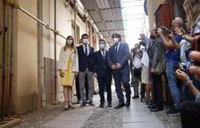 El expresidente de la Generalitat Carles Puigdemont, el presidente Aragonés, el vicepresidente Puigneró, la consejera Alsina y el delegado de la Generalitat en Italia