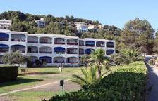 Imagen de archivo de un edificio con apartamentos situado a la urbanización de Levante la Mora-Tamarit de Tarragona.