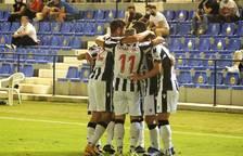 Els jugadors del pròxim rival del Nàstic celebren un gol aquesta temporada, en la qual l'ascens és la meta única.