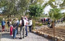 200 persones visitant les instal·lacions.