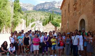 Foto de grup dels alumnes de català i del programa Voluntariat per la llengua que van realitzar la sortida.
