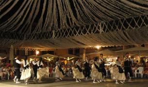 Imatge de l'actuació de l'Esbart Dansaire a Mallorca.