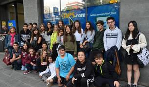 Un dels grups d'alumnes que ha visitat la redacció.