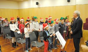 L'alcalde de Vila-seca, Josep Poblet, va rebre els alumnes de la Canaleta.