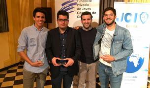 Els guanyadors a l'acte de lliurament a Girona.