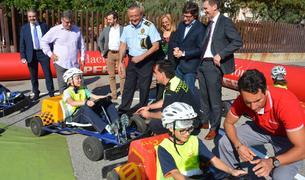 El conseller de Seguretat Ciutadana, Javier Villamayor, també ha visitat la Caravana.